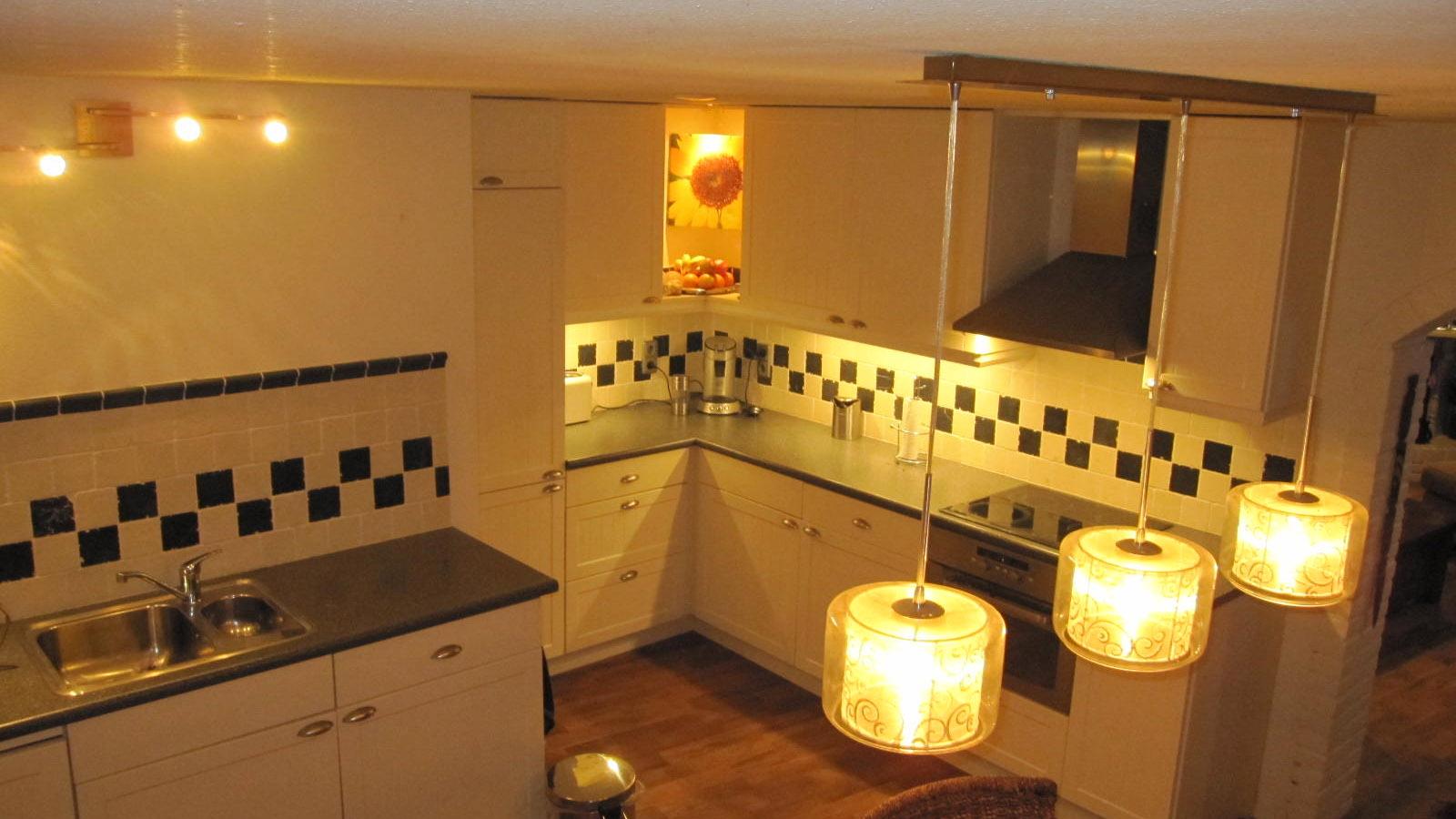 Keuken Laten Plaatsen : Keuken laten plaatsen timmerman en klusbedrijf mp timmerwerken