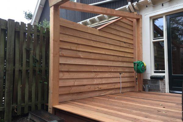 hardhouten vlonder douglash houten schutting en balken constructie (2)