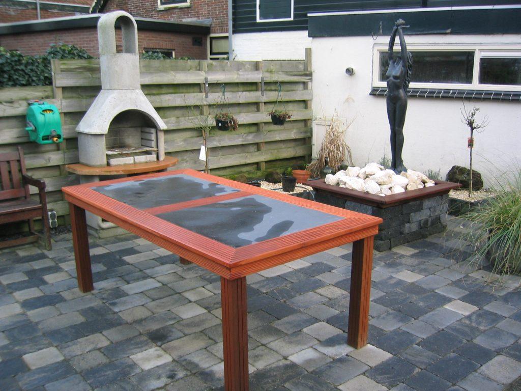 Hardhouten tuin tafel op maat laten maken van bankirai hout for Tafel laten maken