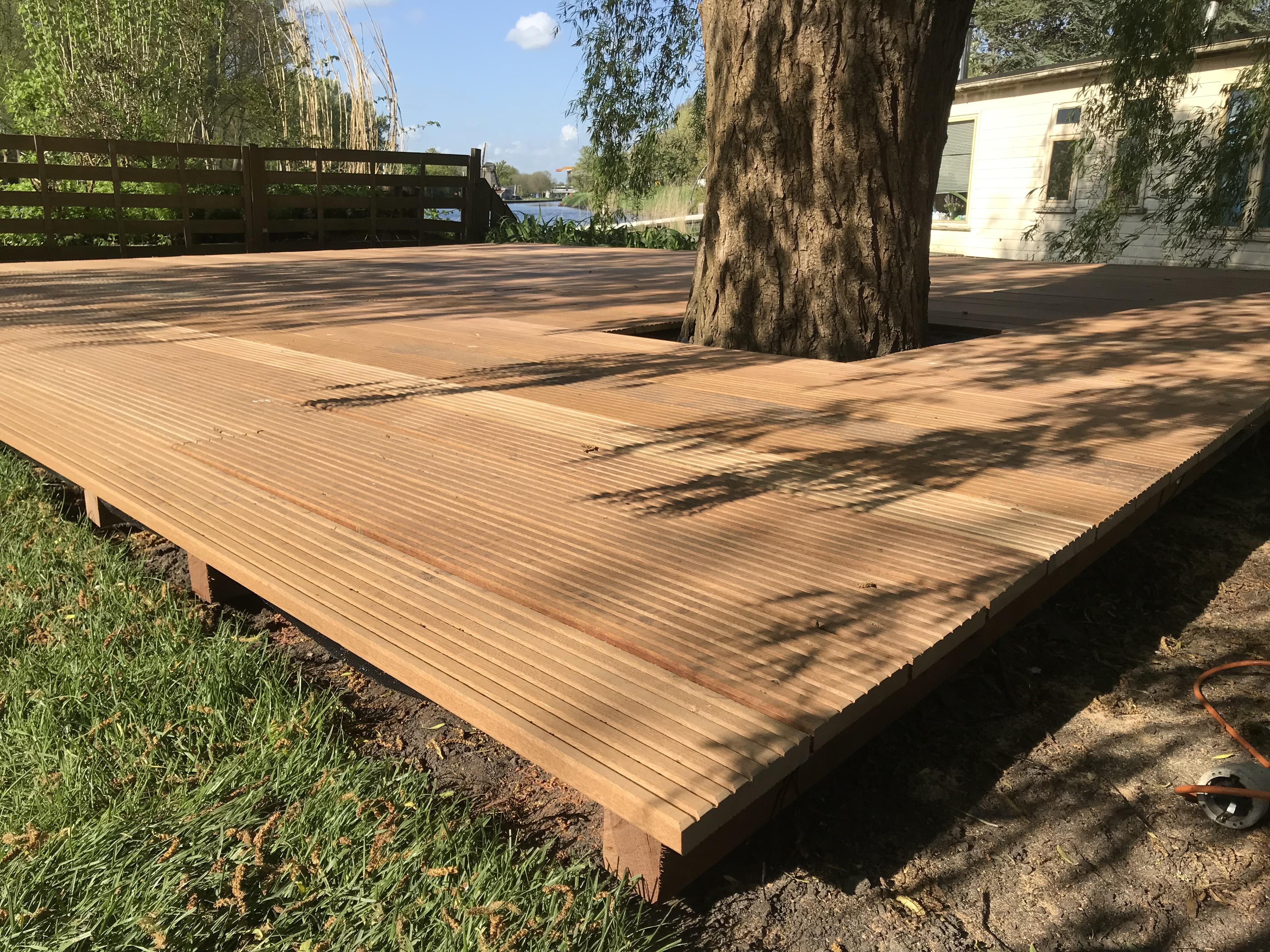Hard houten vlonder Amsterdam