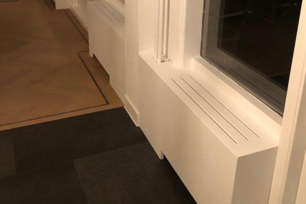 moderne radiator ombouw geplaatst in Rotterdam