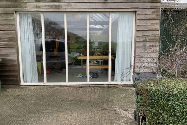 dubbelen deur vervangen voor glas Woubrugge