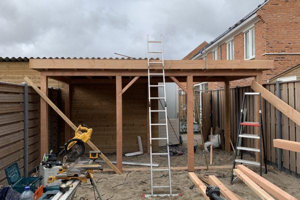 Overkapping geplaatst in Rijswijk