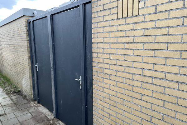 Multiplex poortdeuren geplaatst Amstelveen (1)
