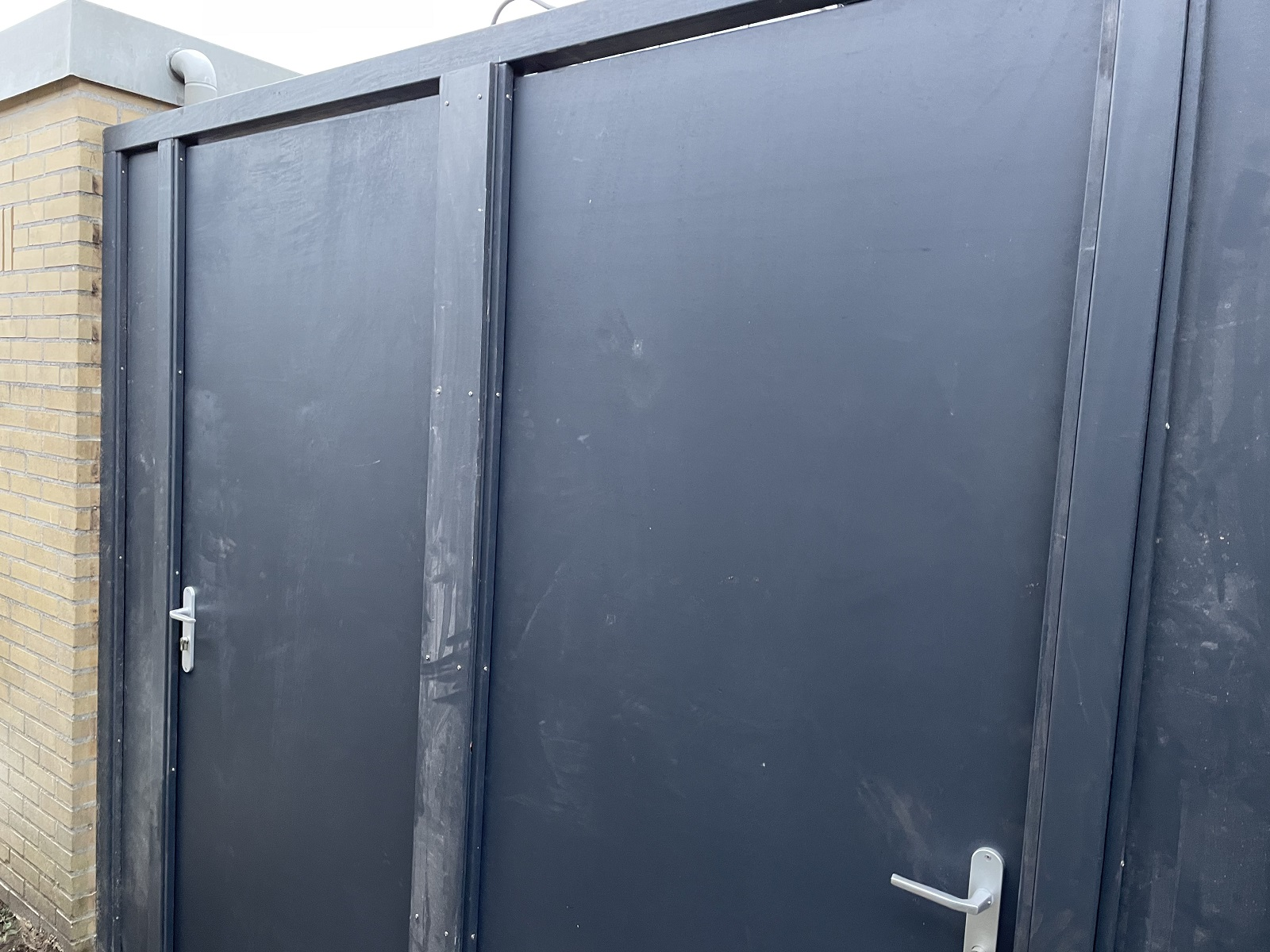 Multiplex poortdeuren